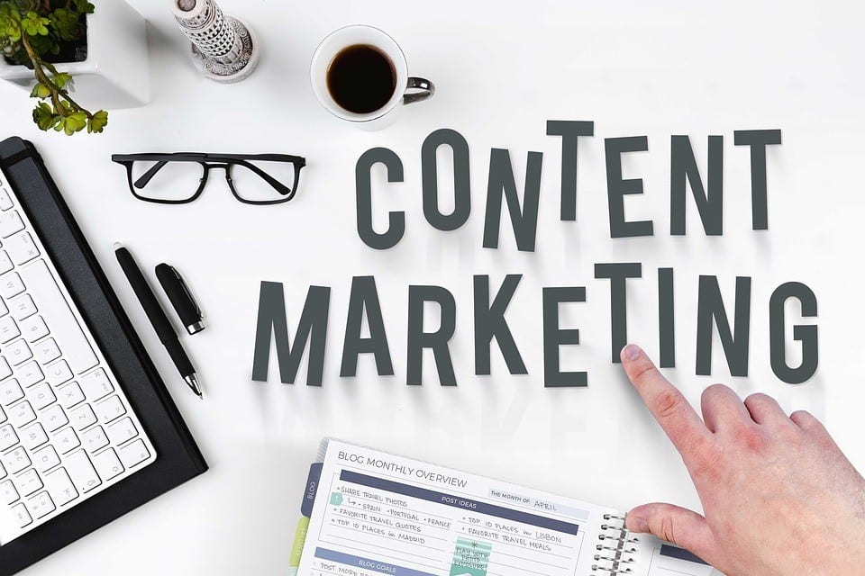 finger pointing towards content marketing