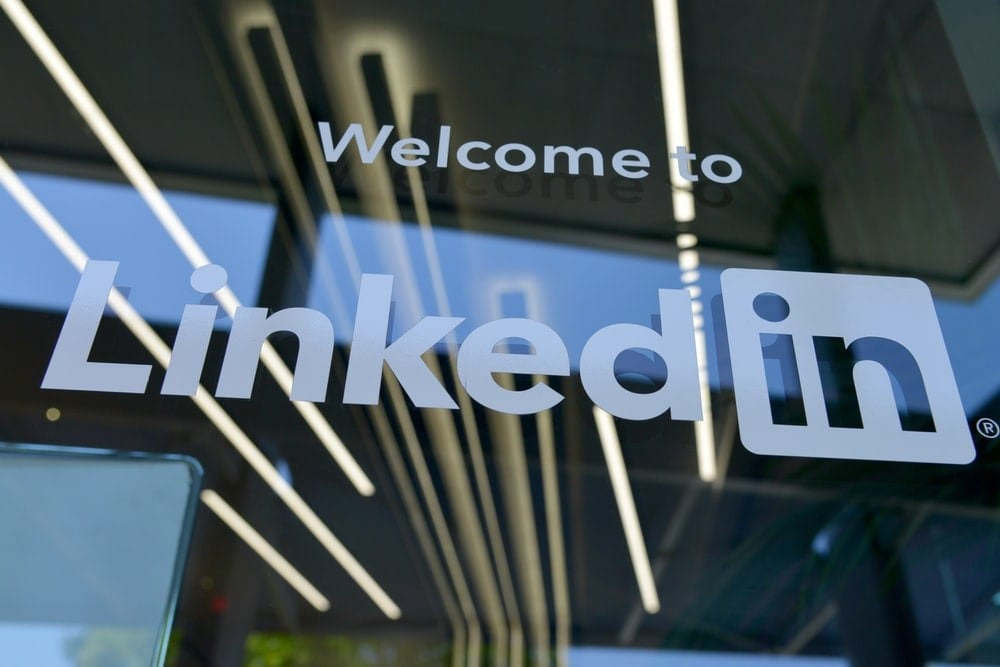 LinkedIn profile optimisation involves networking and SEO optimisation